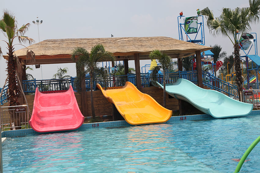 Fiberglass kids residential pool slide for water play